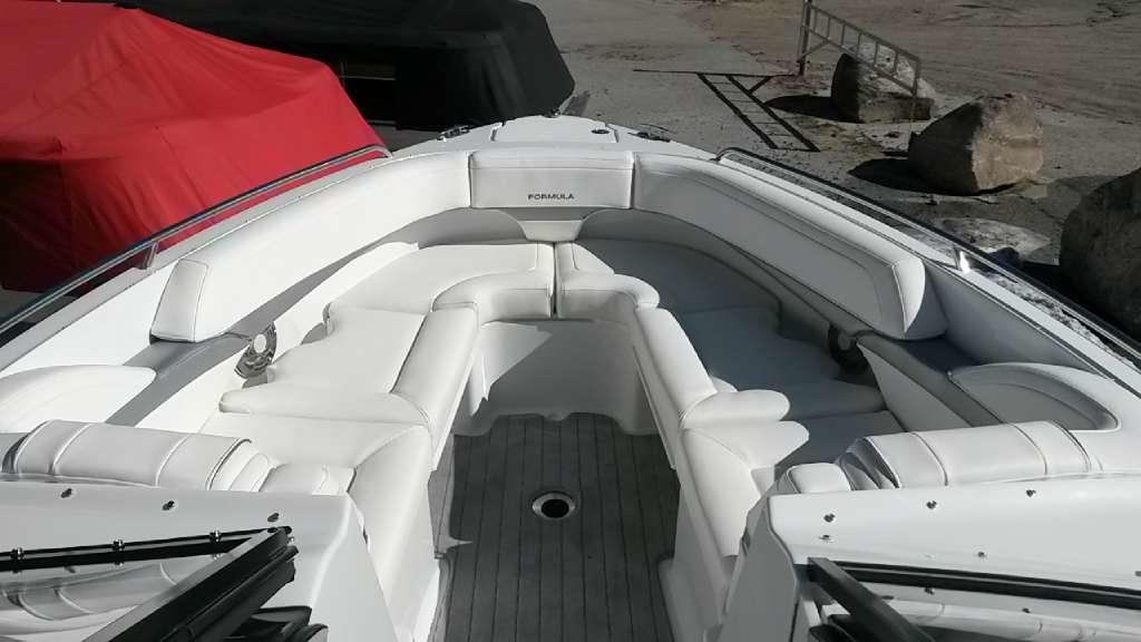 2015 Formula boat for sale, model of the boat is 270 BR & Image # 4 of 10